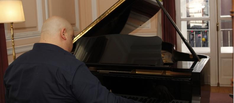 My ocean – Nueva pieza para piano de Deep emotions – del pianista español Domingo J. Sanchez